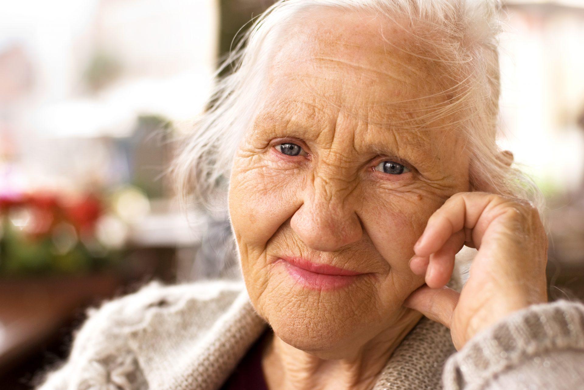 personne agee aide a domicile autoomie douce heure maladie parkinson